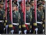 Китайским военным запретили роскошь и многословие