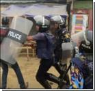 В Бангладеше расстреляли митингующих