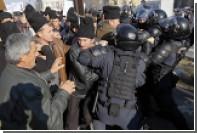В здание парламента Румынии ворвалась тысяча разъяренных пастухов