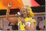 Жену президента Зимбабве заподозрили в захвате власти в стране