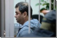 Медведев принял отставку обвиняемого в мошенничестве замглавы Минкульта