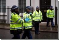Британские модели устроили съемку рядом с телом самоубийцы
