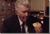 Дэвид Линч съел пончик в новом тизере продолжения «Твин Пикса»