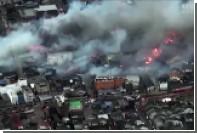 Пожар в японском городе Итоигава охватил 140 зданий